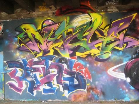 fresque-conflit galactic - LCG-IZI - graffiti - besancon (5)