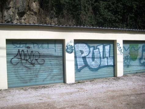 mars 2013 - besancon Pull - graffiti