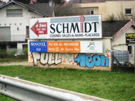 belfort-graffiti-nov2013-Pull, Leon