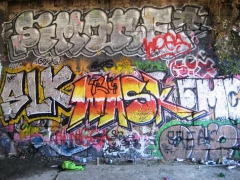 simone, woes, slk, maskO, EMC, Oezt - graffiti - besancon sept 2013 (2)