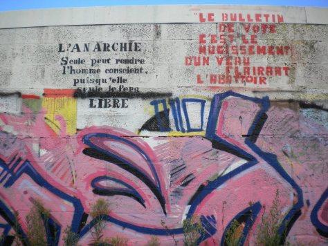 anarchie, election - pochoir - Lorient, aout 2014