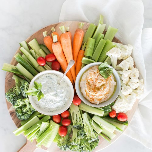 Building the Perfect Local Veggie & Dip Platter