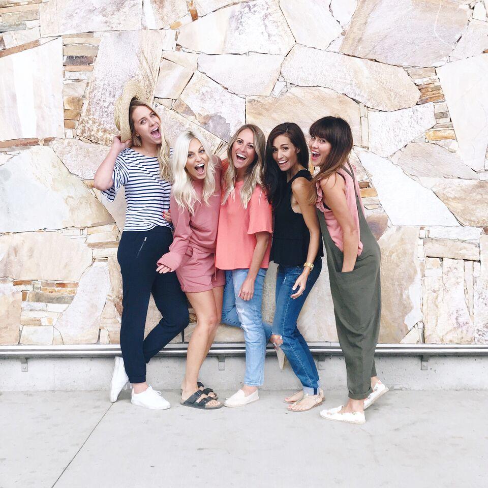 Girls trip to O'ahu for 3 days with the Jillian Harris Team!