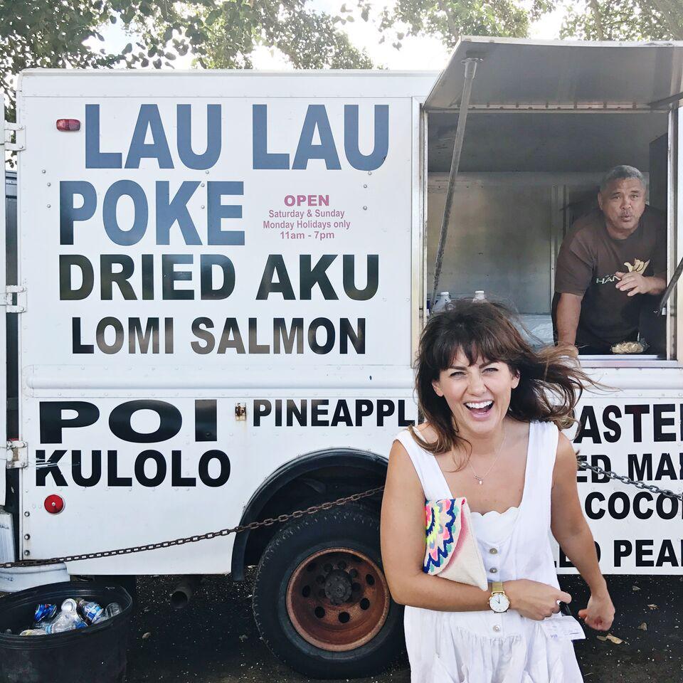 Jillian Harris and the team exploring the food trucks of O'ahu