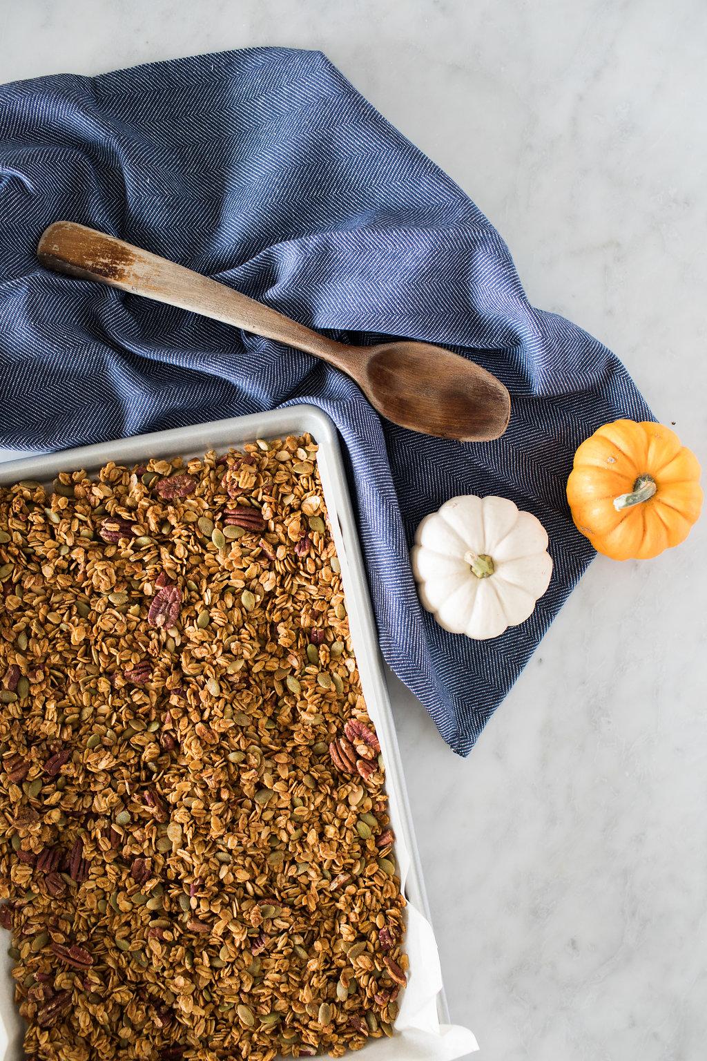 Pumpkin Pecan Granola (Gluten-Free)