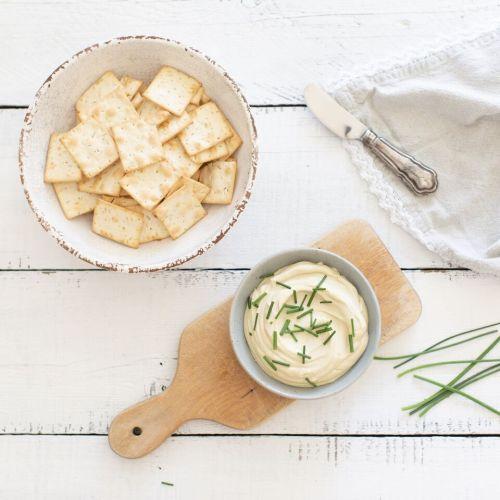Creamy Cashew Cheese Spread