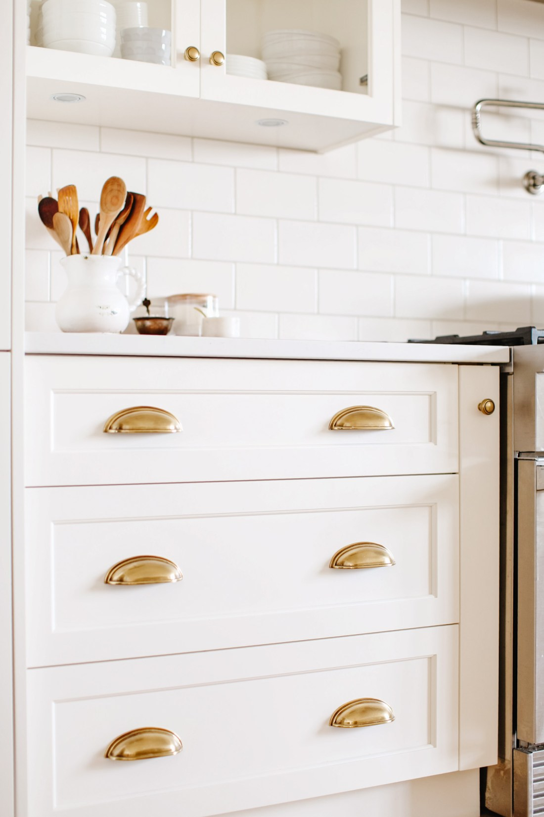 Brass cup pulls and Our Favourite Kitchen Renovation Features