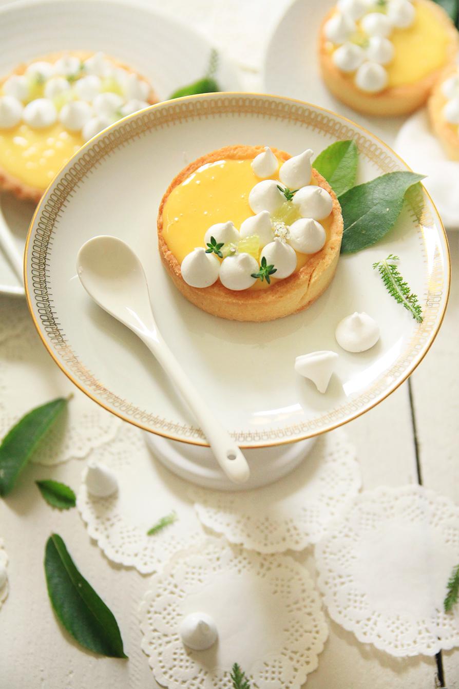 Tartelettes-au-citron-et-petites-meringues3