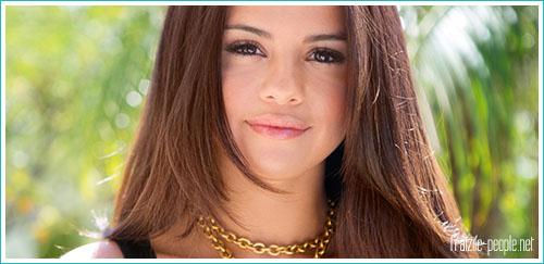 Selena Gomez partage ses secrets de beauté avec