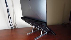 Alienware 15 R3 on portable aluminum laptop stand