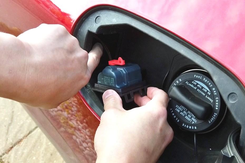 Blog_Mercedes-Benz Fuel Filler Door not opening