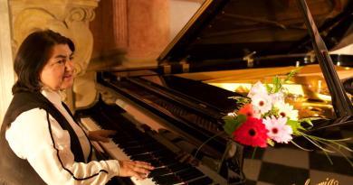 Знаменитый азербайджанский музыкальный терапевт Зулейха Абдуллаева в Чехии
