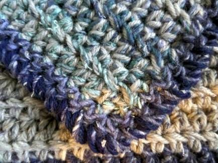 Reverse crochet edge - closeup
