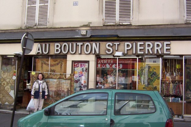 Au Bouton St Pierre - Jean stands out front - Paris - France