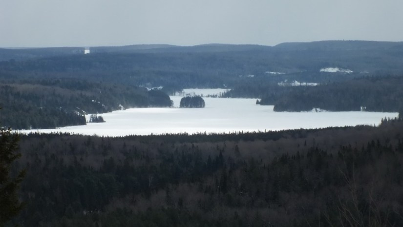 Fraser Lake, leaf lake ski trail, Algonquin Provincial Park, Ontario, Canada
