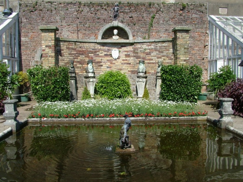 Julia's Memorial - powerscourt - ireland