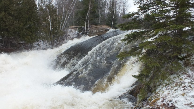 Marsh's Falls flooding - gushing white water - Oxtongue river - April 20 2013