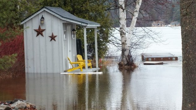 Oxtongue Lake flooding - new waterfront cottage - April 20 2013