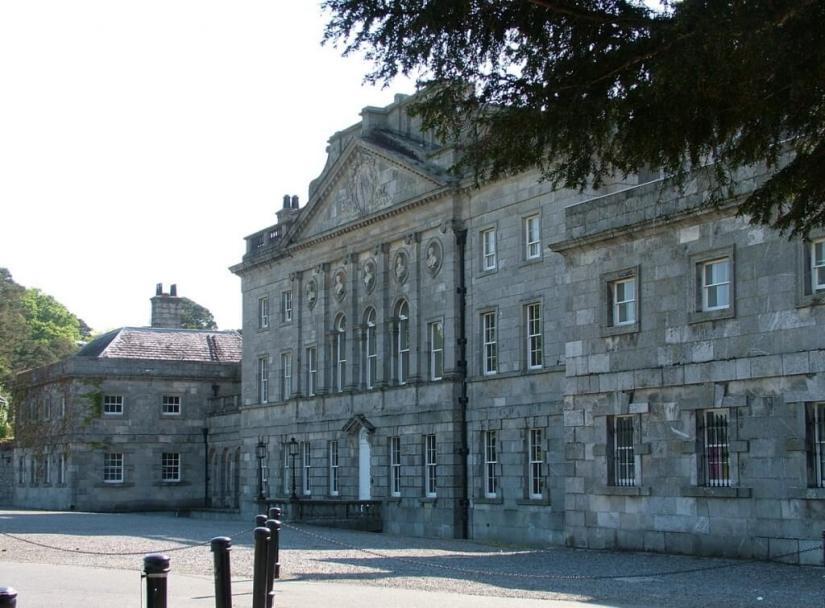 Powerscourt main building - Ireland