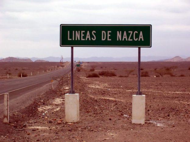 lineas de nazca sign - nazca desert - peru