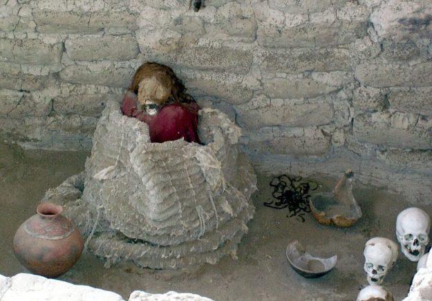 Mummified human body at the Chauhilla Cemetery near Nazca in Peru, South America.