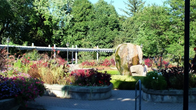 Rosetta McClain Gardens - fountain and pergola - Toronto