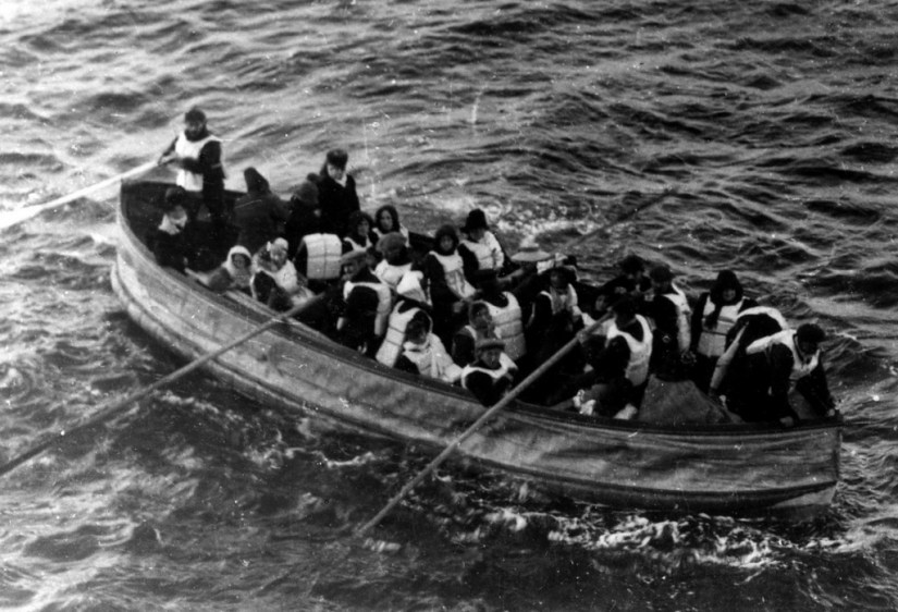 lifeboat from titanic, 1912