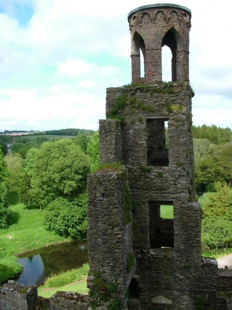 the stone tower at blarney castle, county cork, ireland