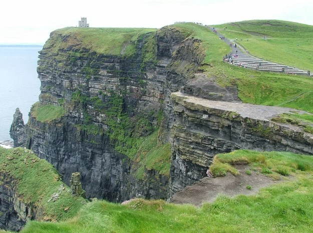 cliffs of moher with o'briens tower and stairs