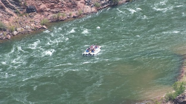 rafting colorado river below plateau point lookout 18