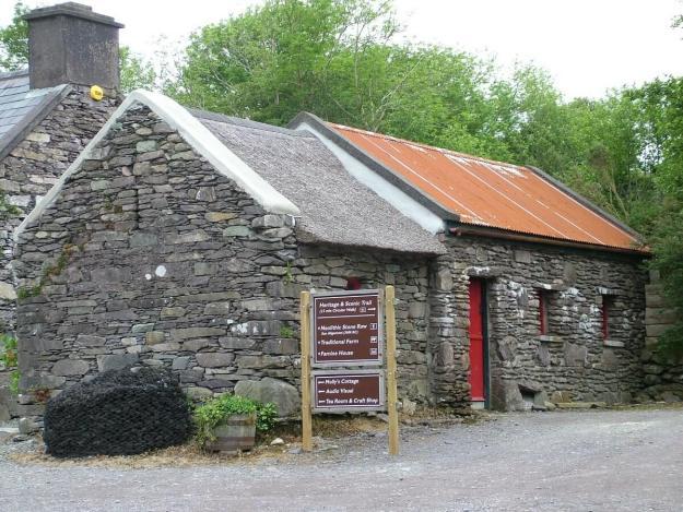 stone buildings, molly gallivans cottage, ireland 14