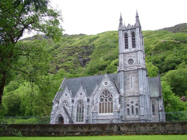 Gothic memorial cathedral_kylemore abbey_County Galway_Ireland