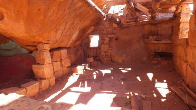 Interior walls and ceiling in a Blanche Russell Rock House in Marble Canyon in Arizona, U.S.A.