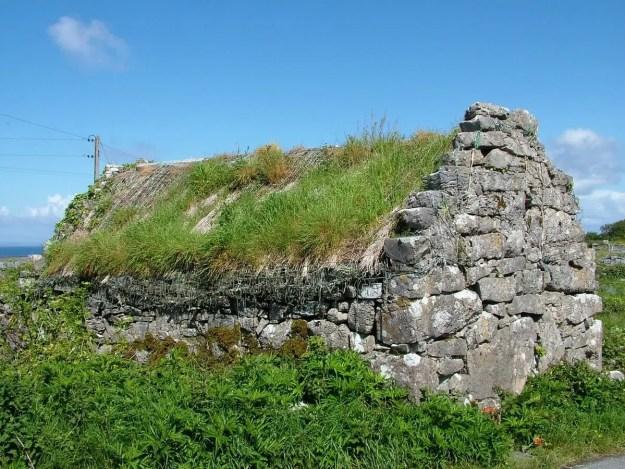 stone thatched cottage, inishmore island, ireland 3