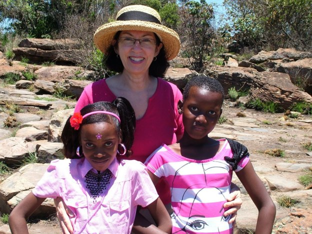 Jean with students at Blyde River Canyon lookout in South Africa