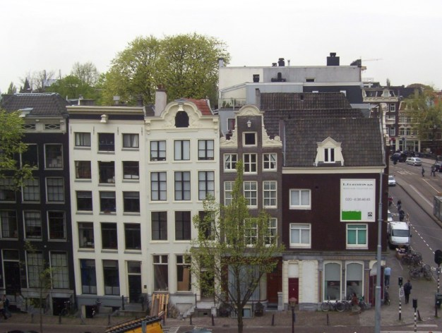 various builds along the Prinsengracht canal in Amsterdam