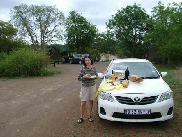 lunch-time-inside-the-lower-sabie-rest-camp-at-kruger-national-park-south-africa