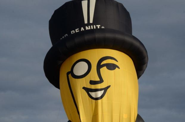 mr-peanut-hot-air-balloon-toronto-ontario-pic18
