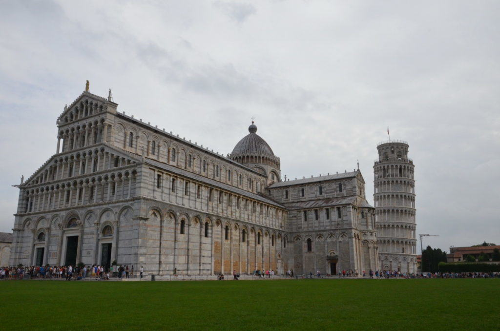 pisa-cathedral-beside-the-leaning-tower-of-pisa-italy