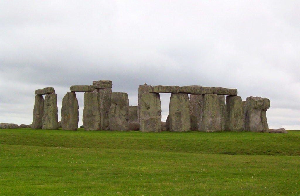 stonehenge-near-wiltshire-england-pic-1-frame-to-frame-bob-and-jean