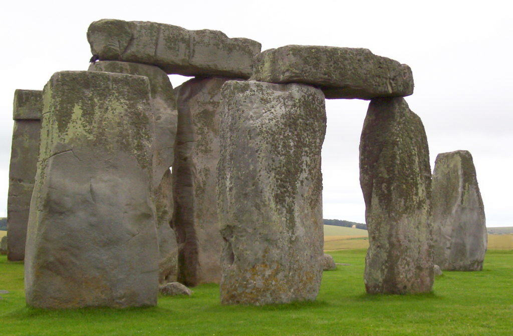 stonehenge-near-wiltshire-england-pic-5-frame-to-frame-bob-and-jean