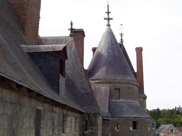 An image of the rooftop of Chateau de Langeais in the Loire Valley in France.