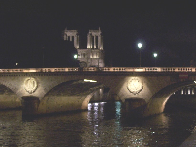 pont neuf at night, paris, france