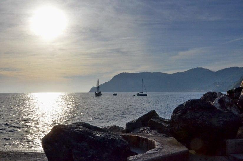 ligurian sea, vernazza, cinque terre, italy