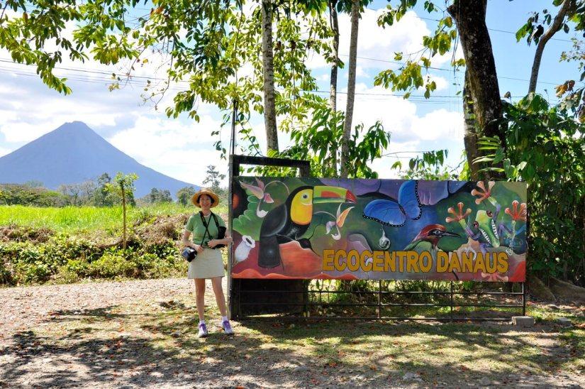 jean and ecocentro danaus sign, la fortuna, costa rica