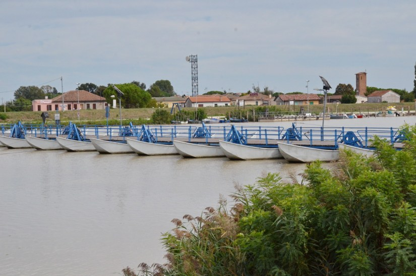 the pontoon of santa giulia, floating bridge, parco regionale veneto del delta del po, po river delta, italy