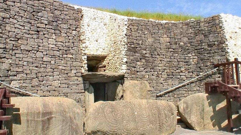 entrance to the passageway, newgrange, county meath, ireland