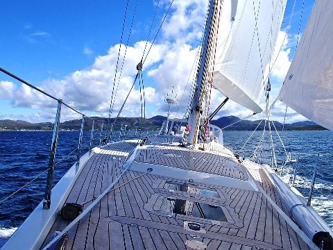 yacht-802319_960_720