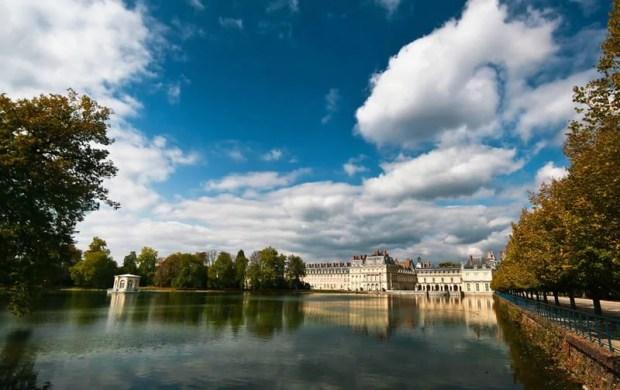 castelo de fontainebleau e vilarejo de barbizon