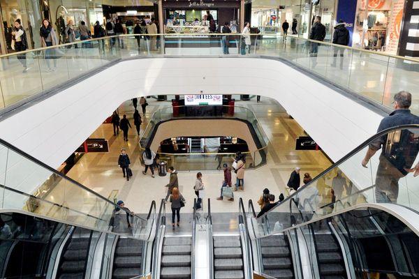 le centre commercial polygone a